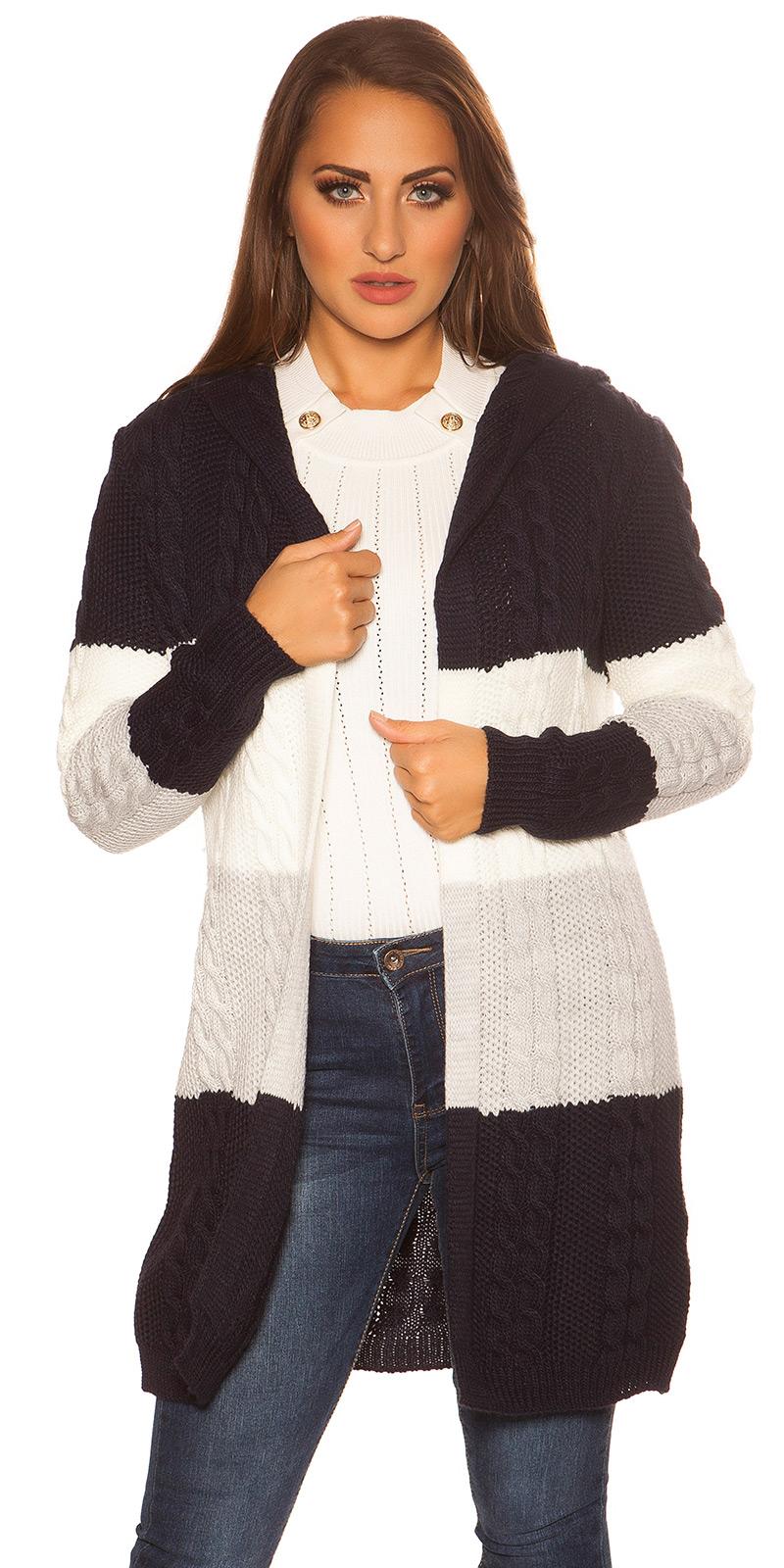 Cardigan la moda tricot cu gluga