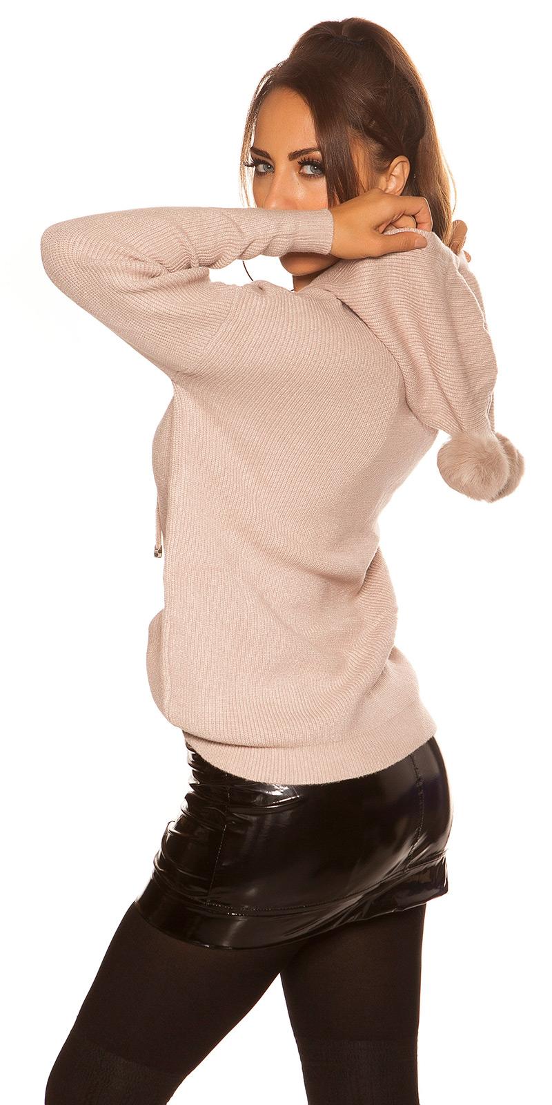 Hanorac la moda cu PomPoms