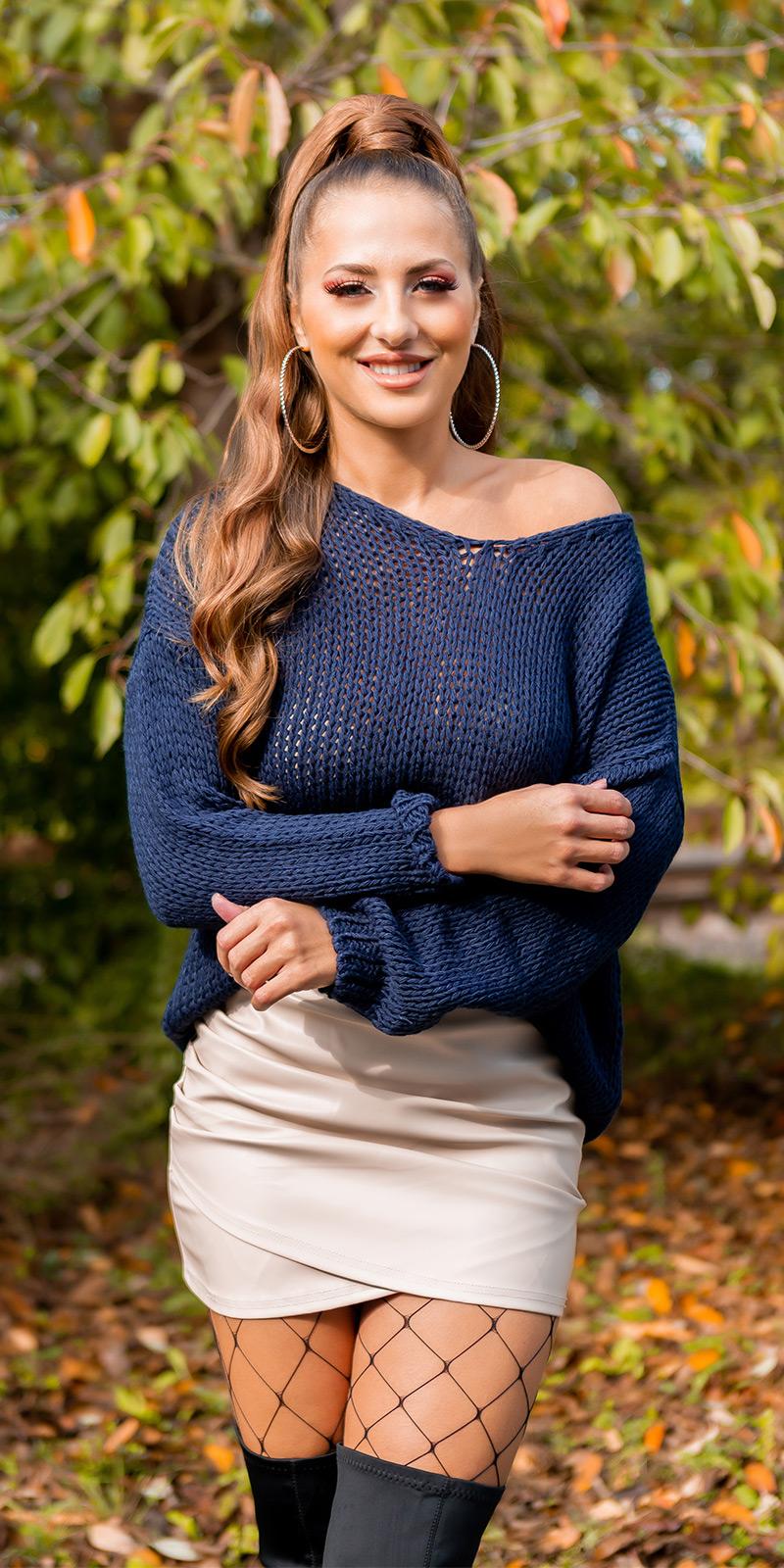 Pulover tricot larg la moda cu decolteu in v