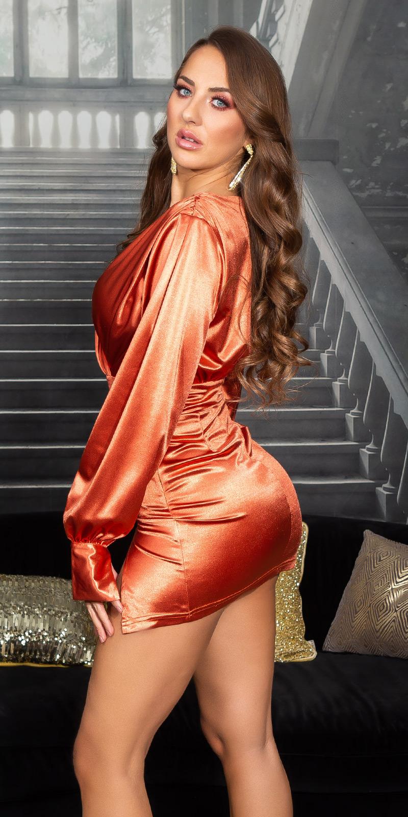 Rochie mini sexy tip satin cu decolteu in v