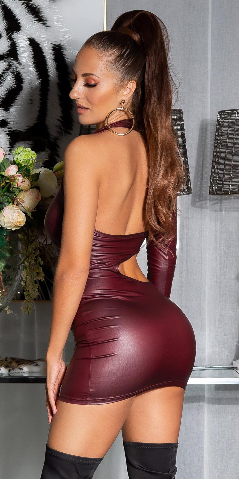 Rochii sexy aspect lucios cu umar gol