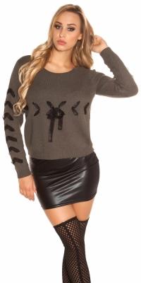Pulover la moda tricot cu siret