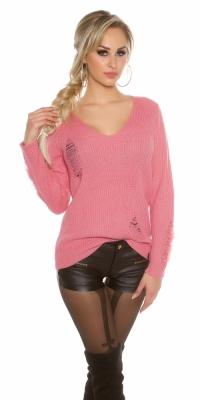 Pulover la moda tricot cu taieturi