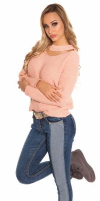 Pulovere la moda cu decolteu in v tricot