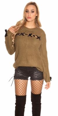 Pulovere la moda model gros tricot cu siret